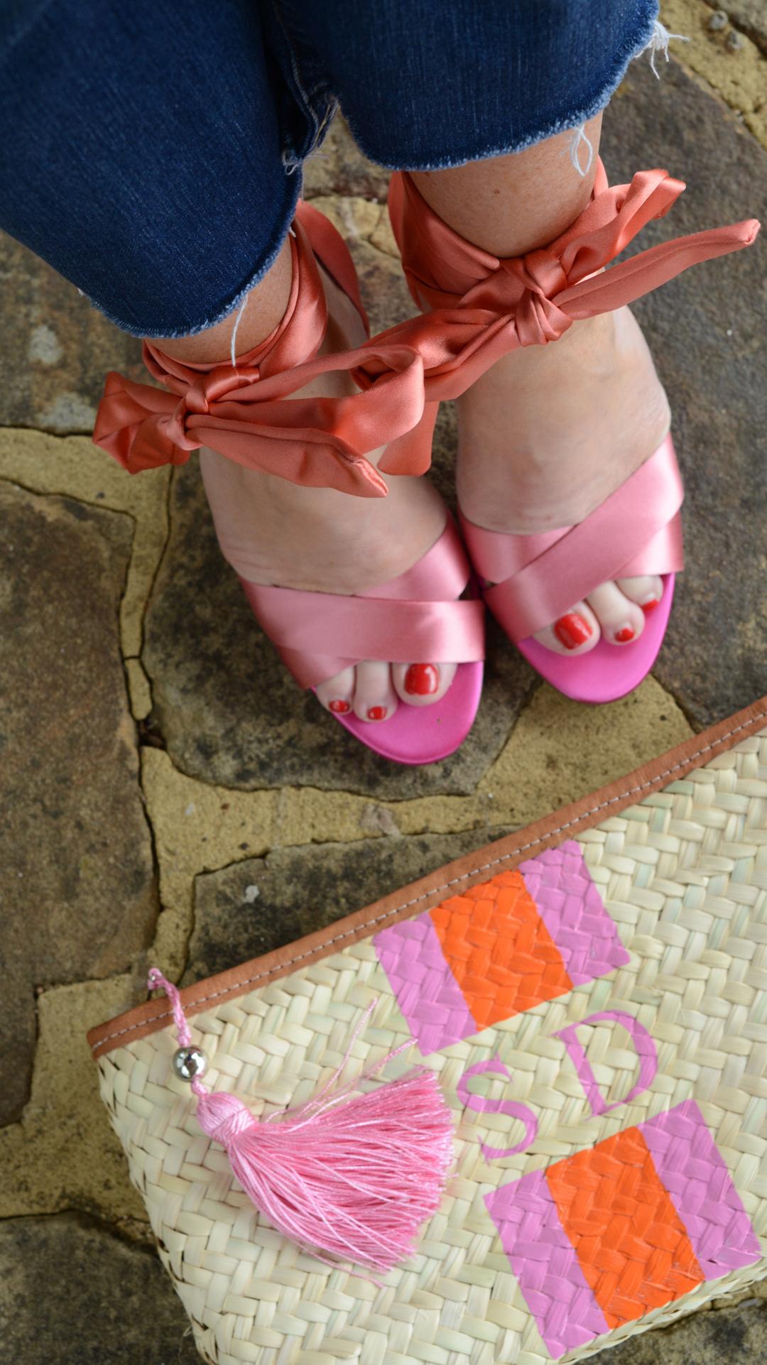 silk top by j.crew worn by stylist and fashion blogger sara delaney