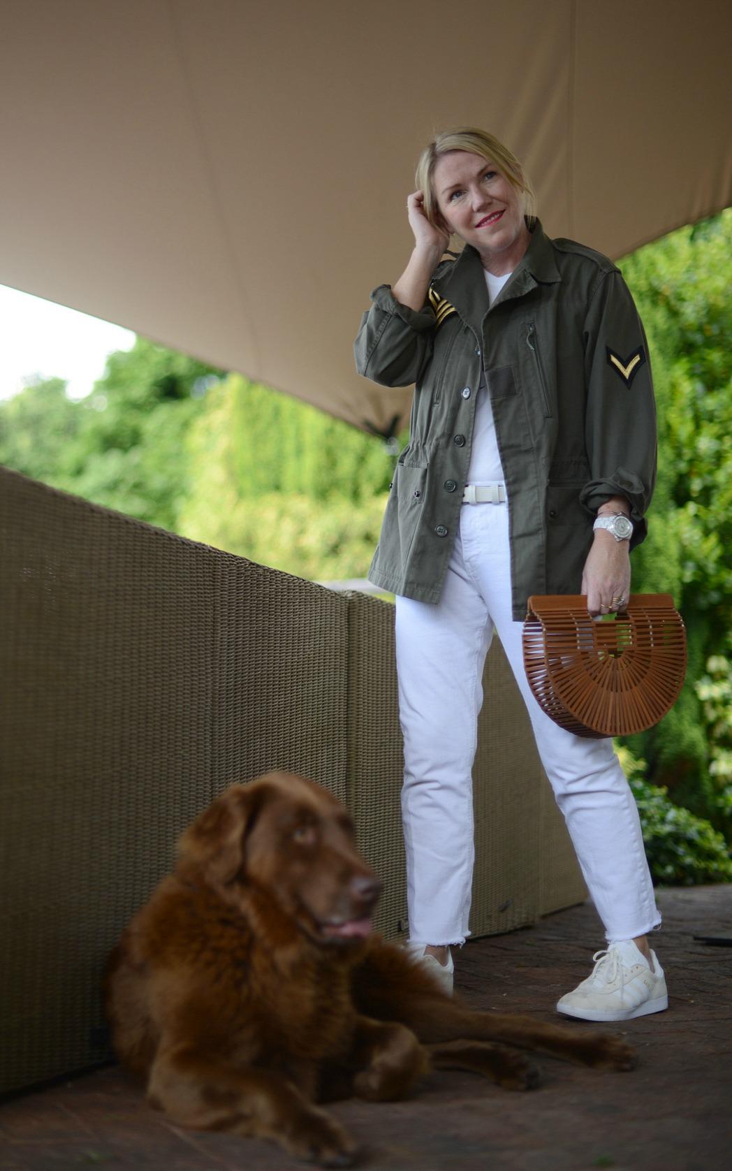 shacket worn by stylist and blogger sara delaney