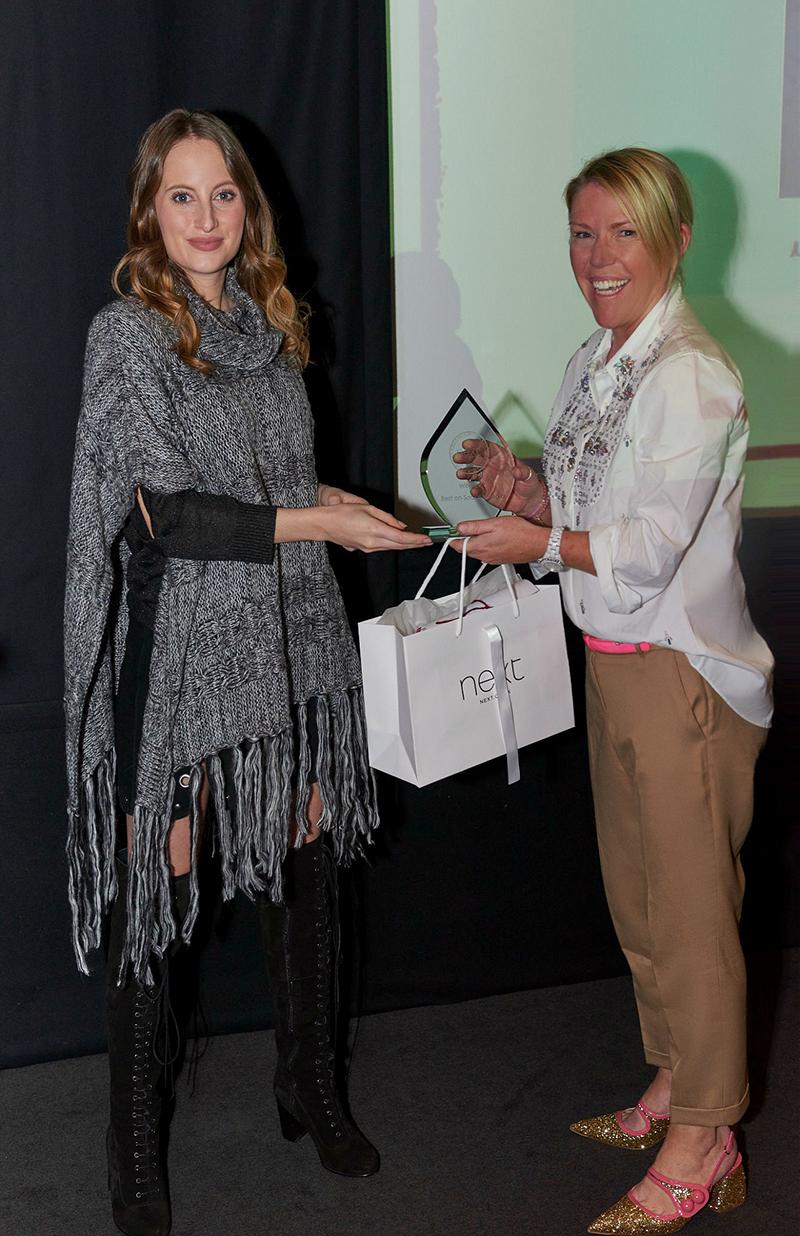 next blogger network awards best social media blogger sara delaney and rosie fortescue