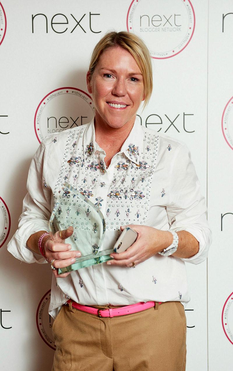 next blogger network awards best social media blogger sara delaney