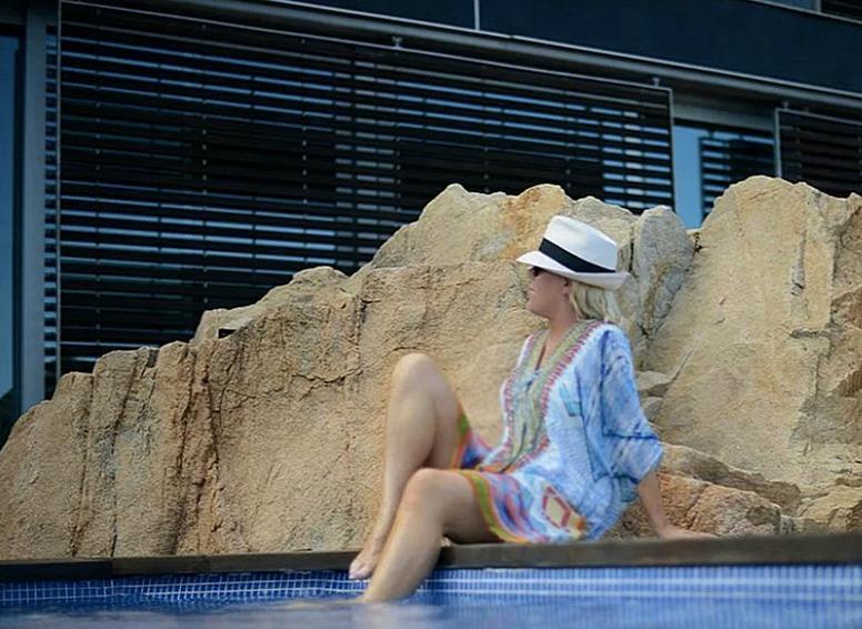 camilla resort wear