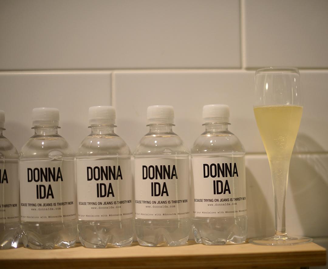 donna ida denim store photographed by fashion blogger sara delaney