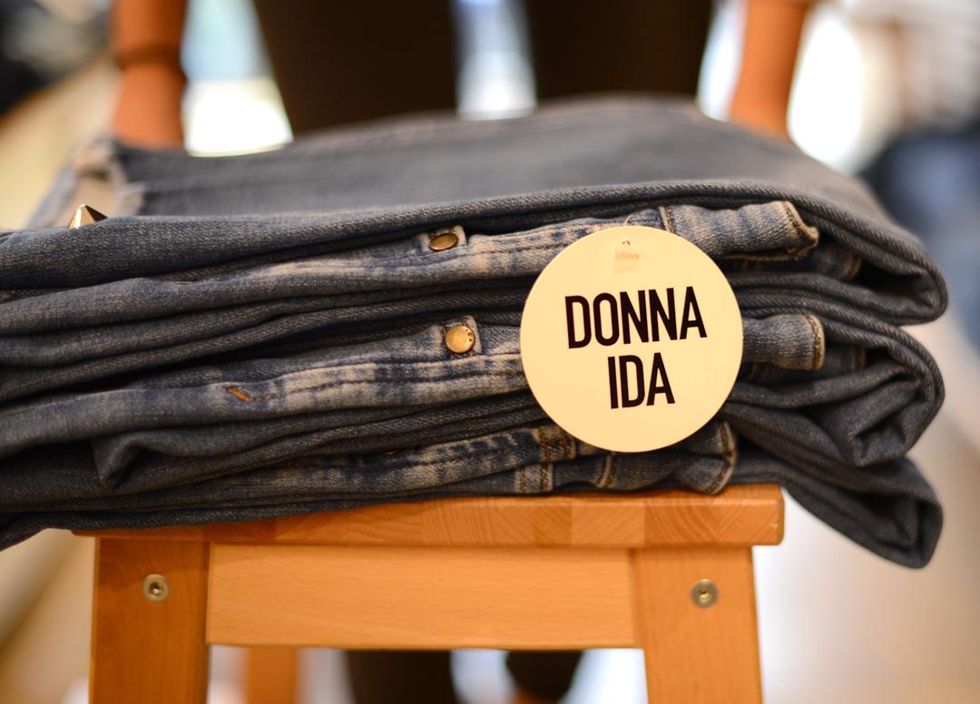 donna ida denim shopping guide